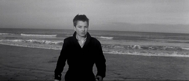 Blu ray review truffaut 39 s 39 400 blows 39 and 39 last metro 39 on criterion blu ray - Film les quatre cents coups ...