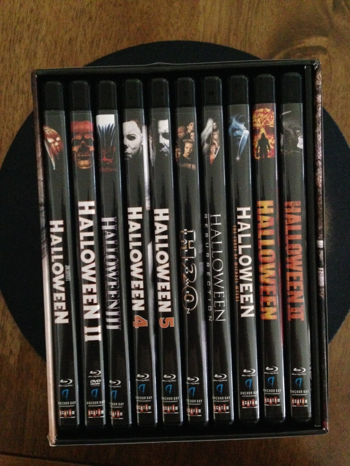 photo gallery: go inside the halloween the complete collection blu
