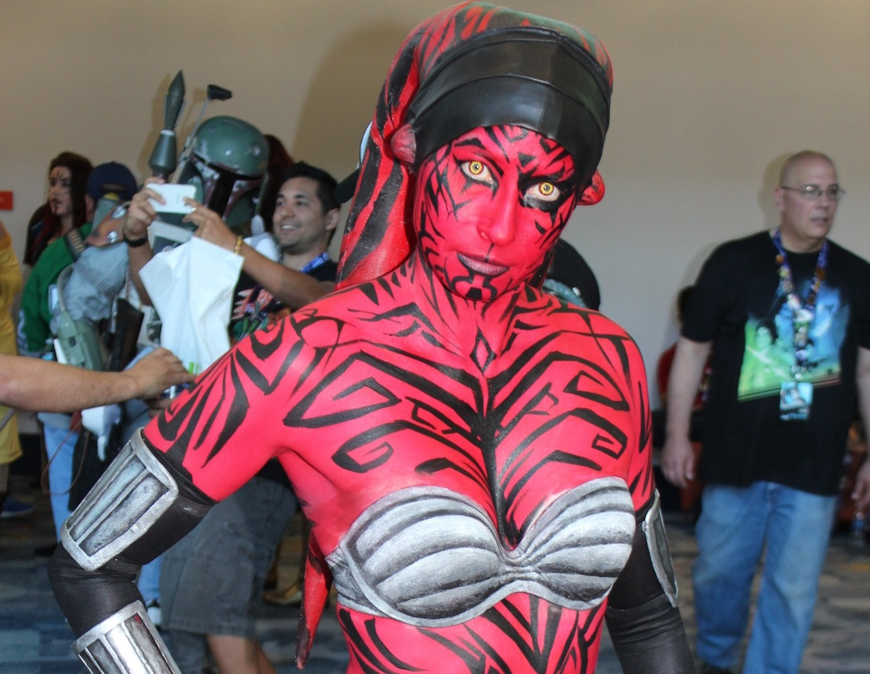 The Saga Continues with Another 75 Star Wars Cosplay ...
