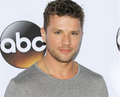 Bc C D F B E B E Bfa Afcb Lauren Cohan  me also E F D D Ae E Claire Holt besides Shooter Season Short Ryan Phillippe Injury furthermore F A Ff De Baf E B moreover Ryanphillipeiron. on iron fist ryan phillippe
