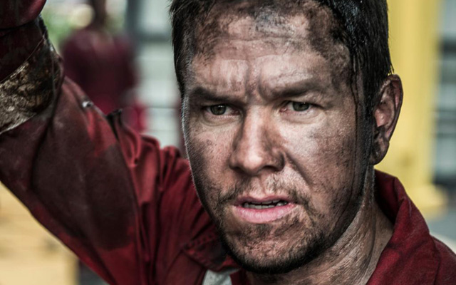 Deepwater Horizon Trailer: Mark Wahlberg Deals with Disaster