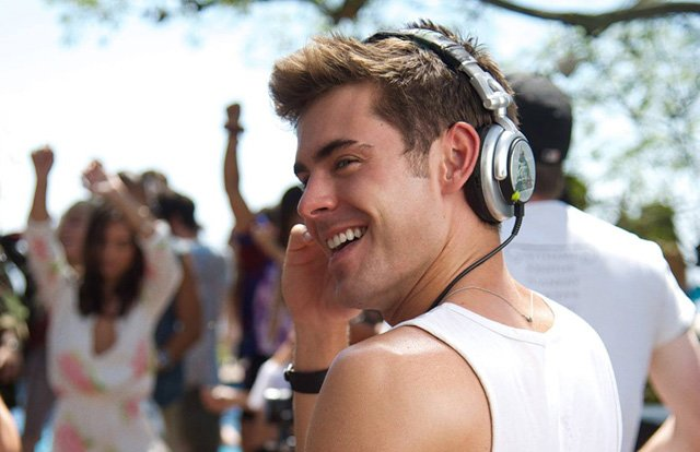 Zac Efron is an Aspiring DJ in the We Are Your Friends ...
