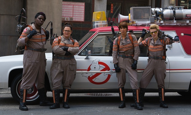Ghostbusters Cast Visits Tufts Medical Center in Costume.