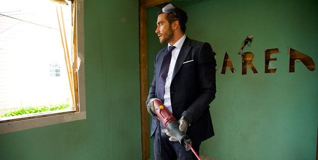 Check out Jake Gyllenhaal in the Demolition trailer.
