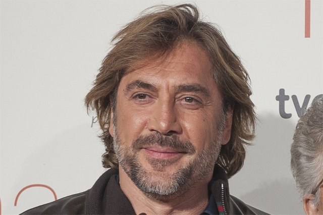 Javier Bardem joins Jennifer Lawrence in Darren Aronofsky's next ...