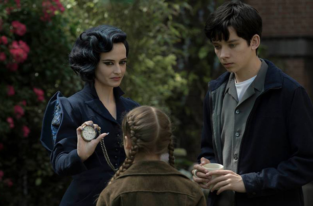 Miss Peregrine's Home for Peculiar Children Trailer is Here!