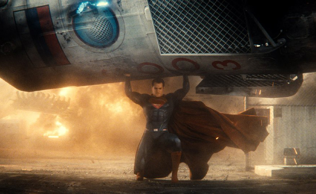 Batman v Superman Drops to $15.4 Million on Friday