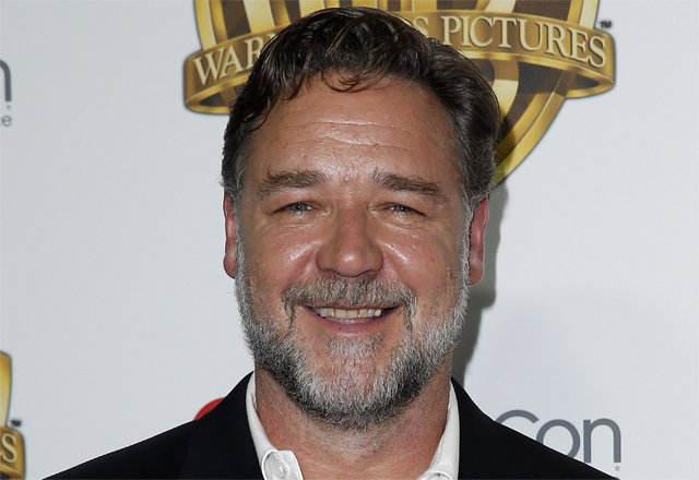Russell Crowe In Early Talks For Universal's The Mummy Reboot