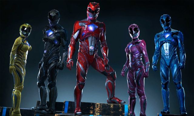 Power Rangers Unmasked in New Photo