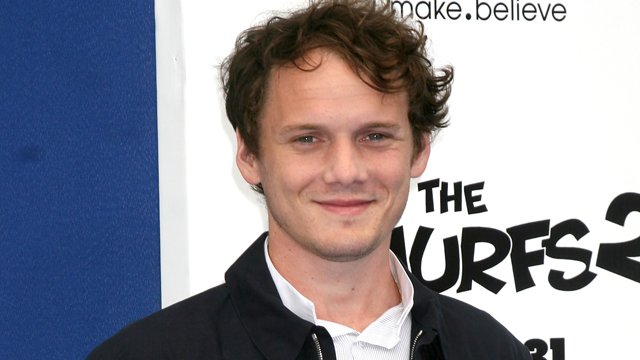 how did anton yelchin die