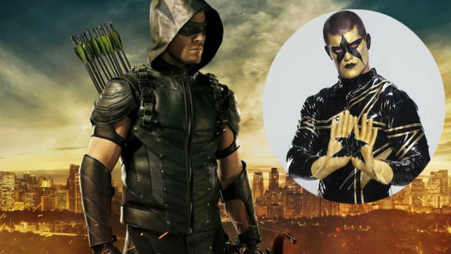 Stephen Amell Reveals Wrestling Rival Stardust Will Guest Star on Arrow