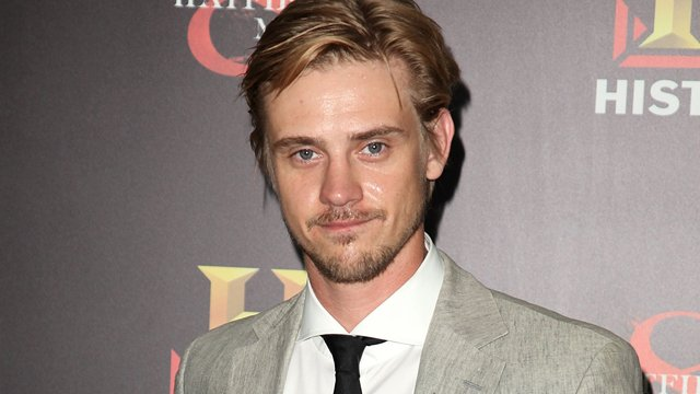 Boyd Holbrook to Replace Benicio del Toro in Fox's 'The Predator' Reboot