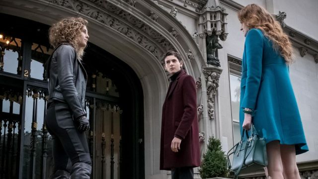 Barnes is Crazy and Ivy Reteams with Selina in Gotham Episode 3.09 Promo