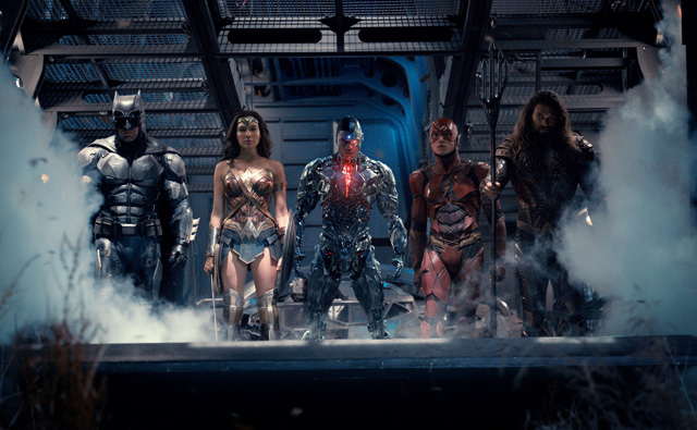 Hi-Res Version of the New Justice League Photo
