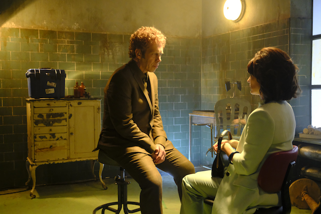 """LEGION -- """"Chapter 2"""" (Airs Wednesday, February 15, 10:00 pm/ep) -- Pictured: (l-r) Hamish Linklater as The Interrogator, Katie Aselton as Amy Haller . CR: Michelle Faye/FX"""