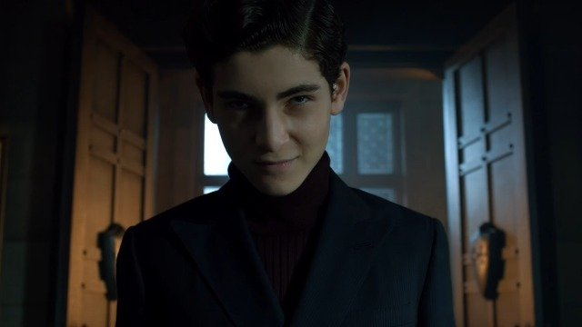 Gotham's Fake Bruce Wayne Assumes His Identity in New Clip