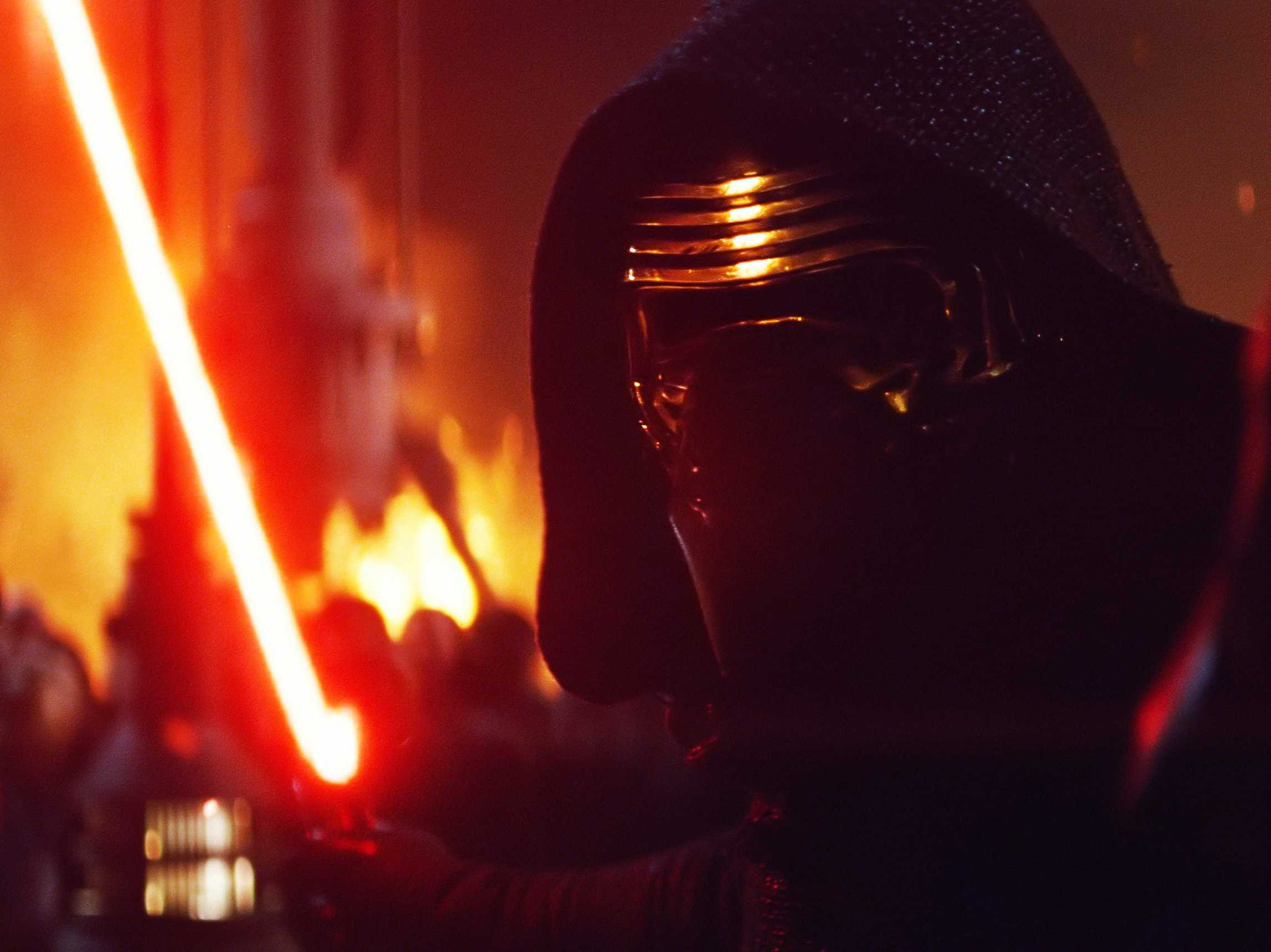 Director Rian Johnson explains why Kylo Ren's scar is different in Star Wars: The Last Jedi