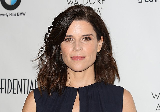 Neve Campbell to Co-Star With Dwayne Johnson in Skyscraper