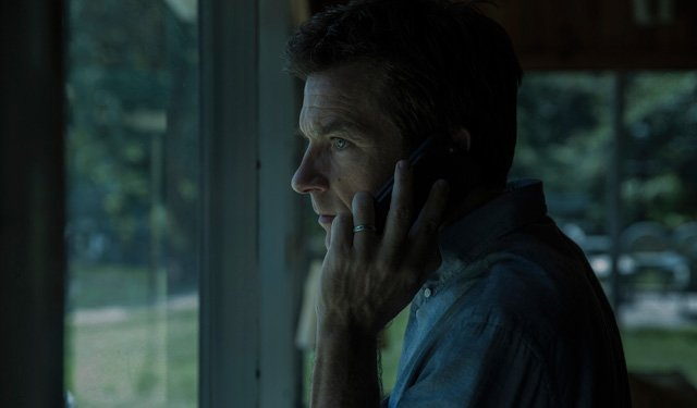 New Ozark Holiday Tease Featuring Jason Bateman and Laura Linney
