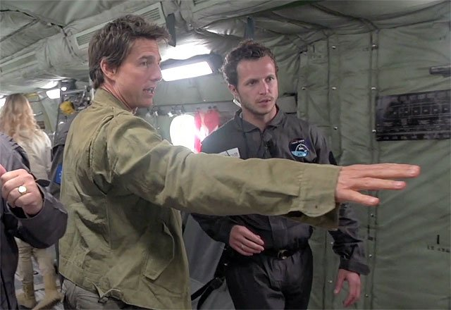Exclusive Mummy Blu-ray Clip with Tom Cruise in Zero-G