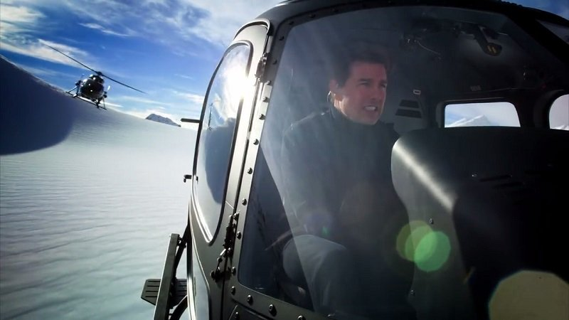 Mission: Impossible - Fallout Helicopter Stunt with Tom Cruise