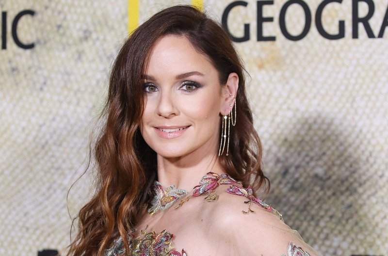 Sarah Wayne Callies and Michael Shanks Join Miniseries Unspeakable