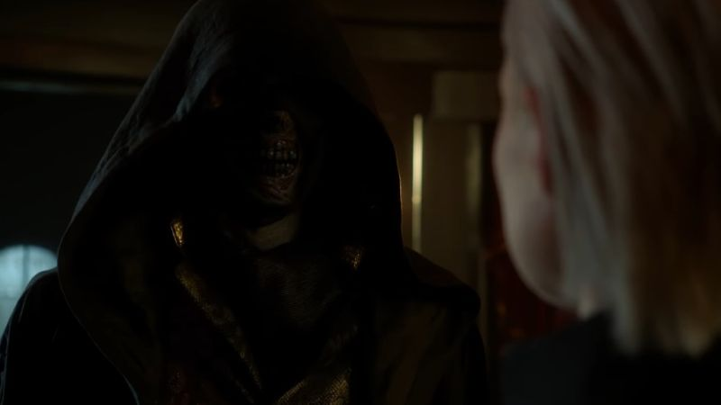 A Mysterious Figure Has a Vision of Bruce's Future in New Gotham Promo