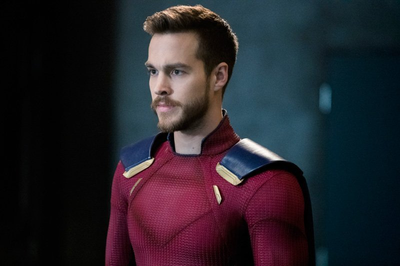 Mon-El Gets His Red Suit in New Supergirl Photos