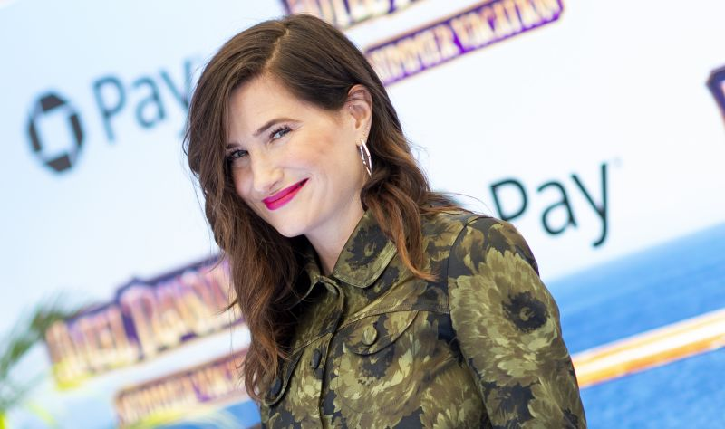 HBO Orders Kathryn Hahn Comedy Mrs. Fletcher To Series