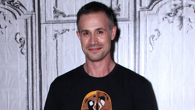 The CW's Nancy Drew Pilot Adds Freddie Prinze Jr. as Carson Drew