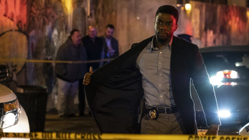 Chadwick Boseman in First Trailer for NYC Action Thriller '21 Bridges'