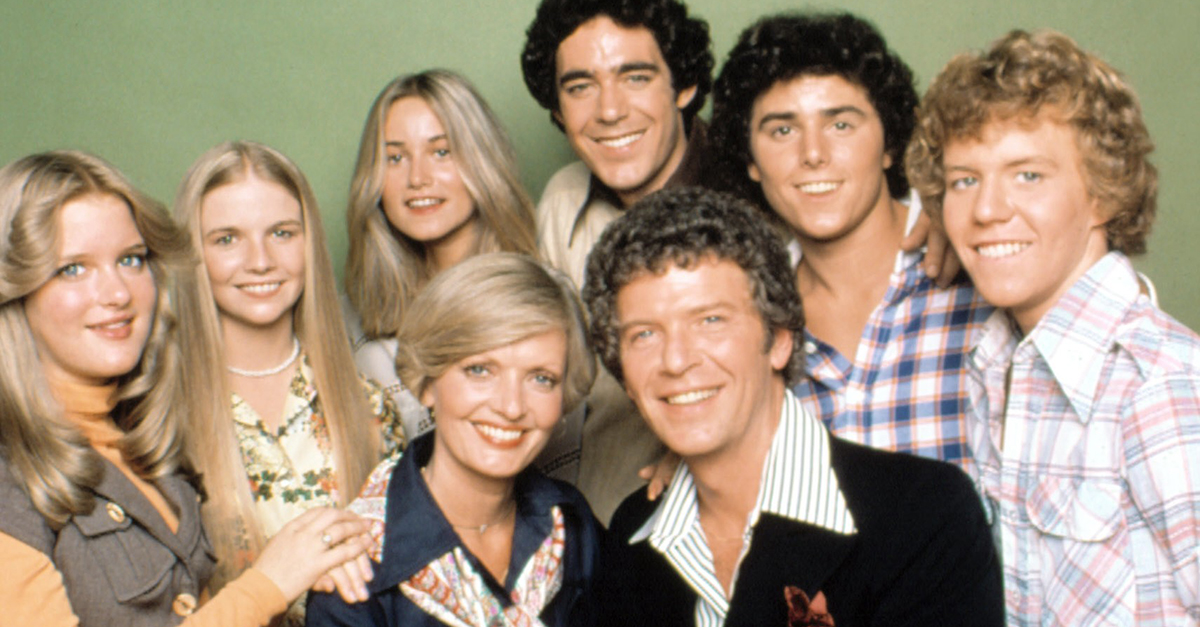 The Brady Bunch: 50th Annivesary TV & Movie Collection Details, Rare Clips Released