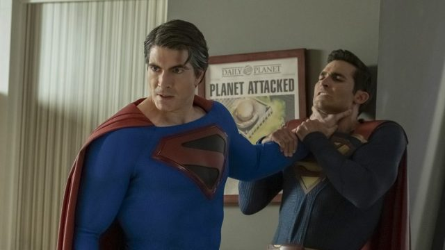 It's Superman vs. Superman in New Crisis on Infinite Earths Photos