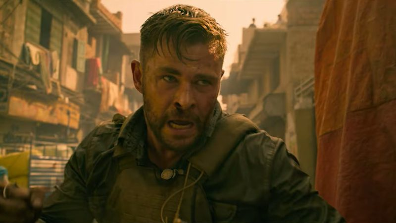 Chris Hemsworth Gets Into A Street Fight In New Extraction Clip