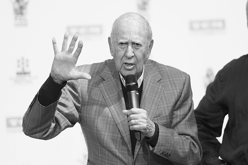 Mel Brooks pays tribute to 'best friend' Carl Reiner: 'I loved him'