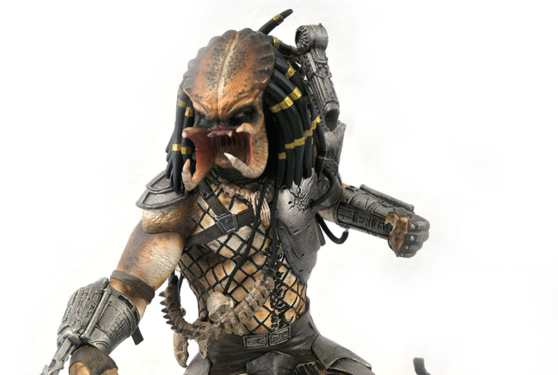 Diamond Select Unmasks The Predator in New SDCC Figure!