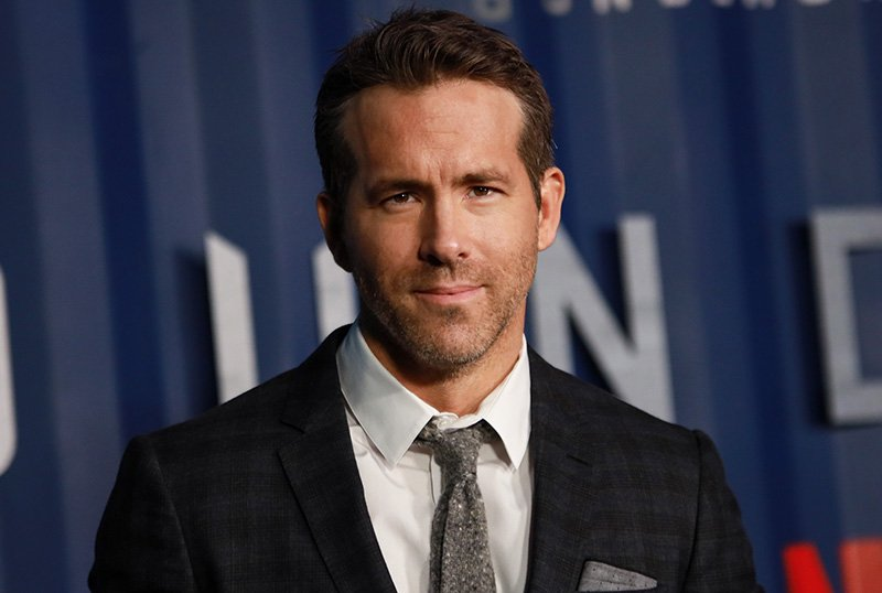 Netflix Lands Ryan Reynolds Co-Writing & Acting Vehicle Upstate