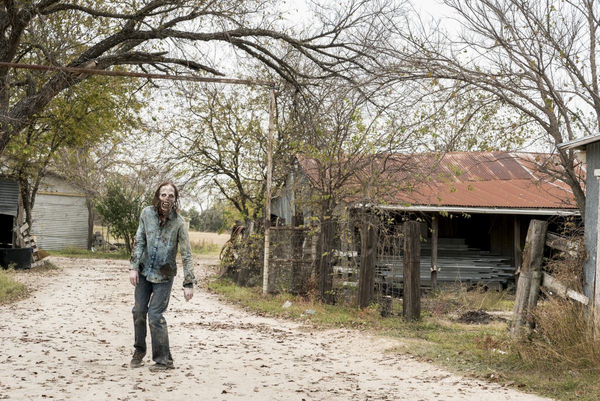Fear the Walking Dead _ Season 4, Episode 3 - Photo Credit: Richard Foreman, Jr/AMC