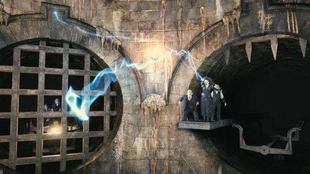 Harry_Potter_and_the_Escape_from_Gringotts_1.jpg