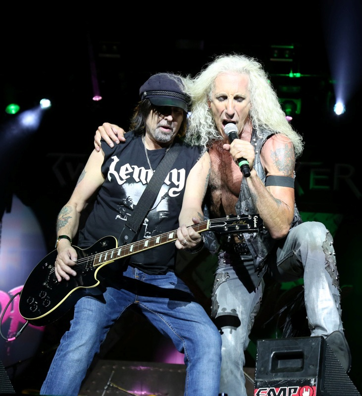 twisted-sister-dee-snider-and-phil-campbell