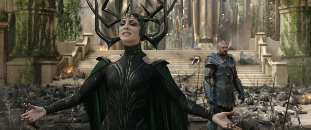 Marvel Studios' THOR: RAGNAROK L to R: Hela (Cate Blanchett) and Skurge (Karl Urban) Ph: Film Frame ©Marvel Studios 2017